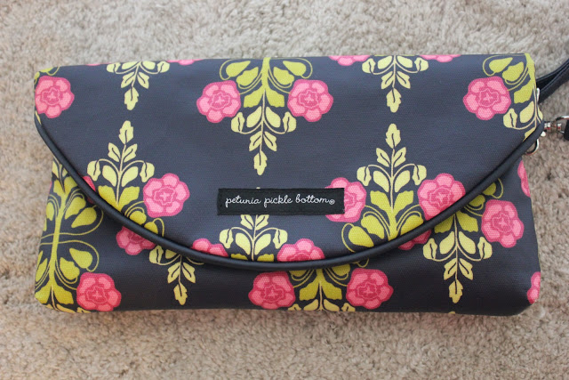 Petunia Pickle Bottom Change-It-Up Clutch Review