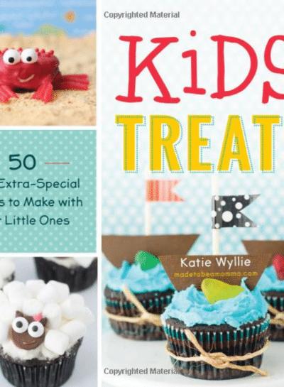 Easy Kids' Treats by Katie Wyllie | Snowflake Cupcakes