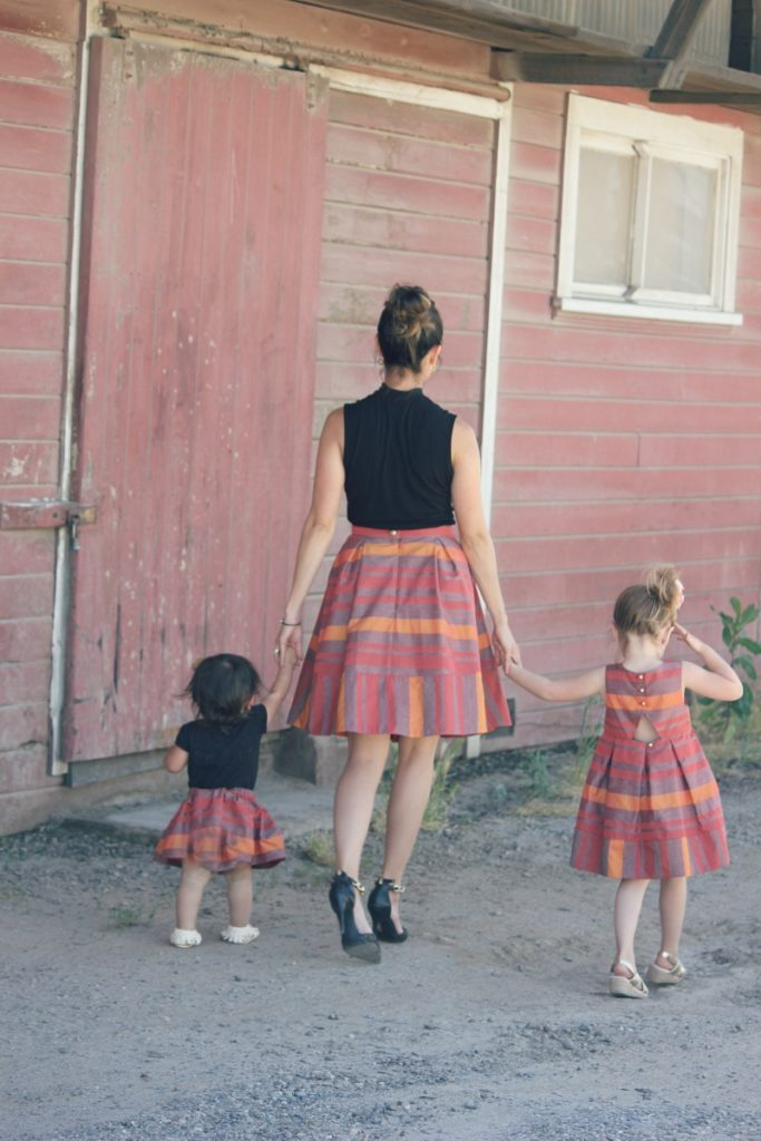 Mother-Daughter Photos - Coordinating outfit ideas!