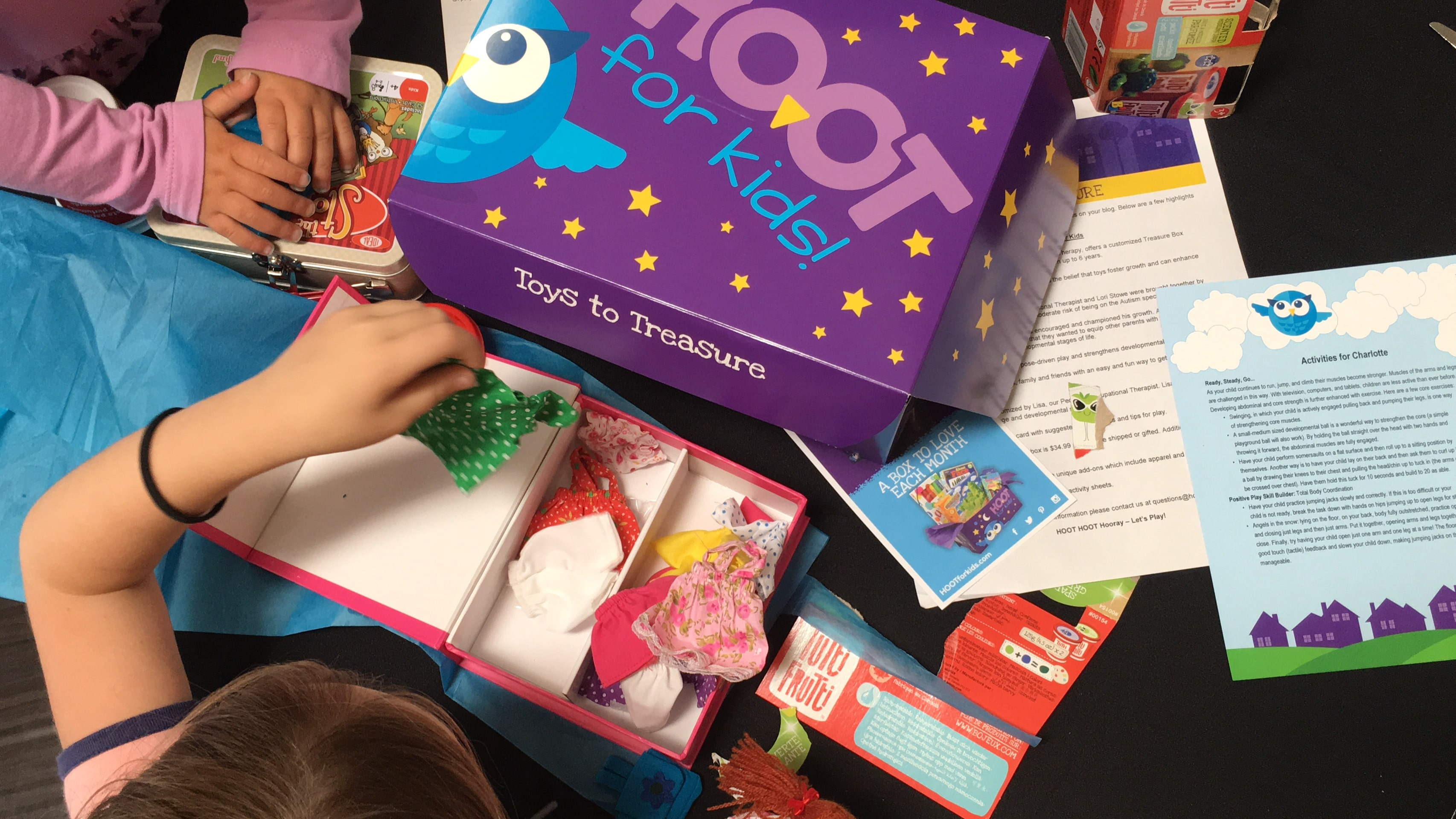 HOOT for Kids Subscription Box Review and Unboxing