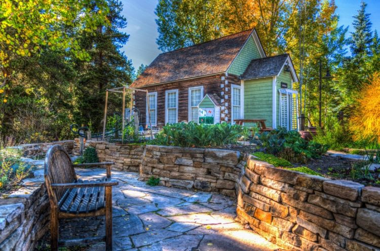 Why You Should Buy A Garden Shed
