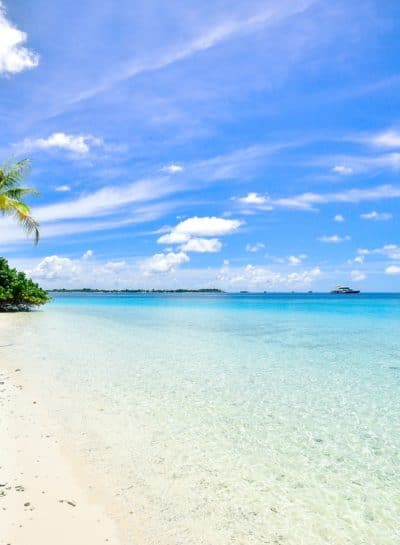 Top 10 Most Amazing Beaches in the World
