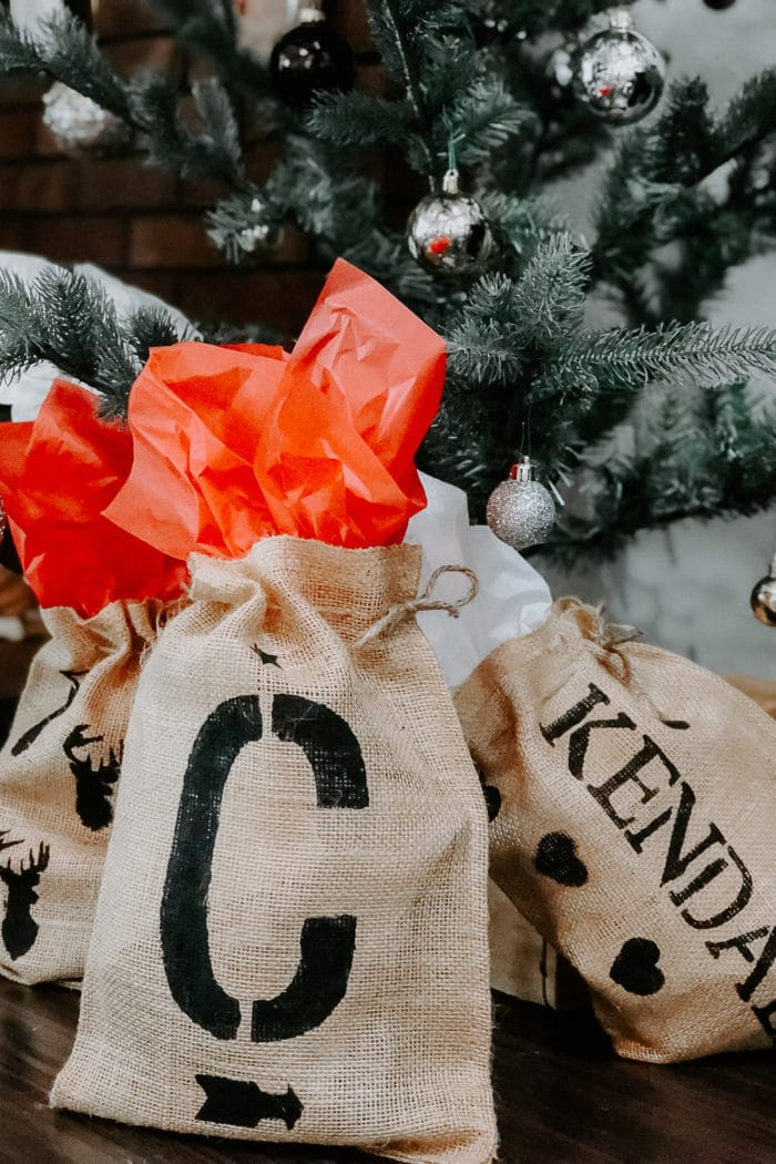Personalized Burlap Gift Bags + Oprah's 2017 Favorite Things
