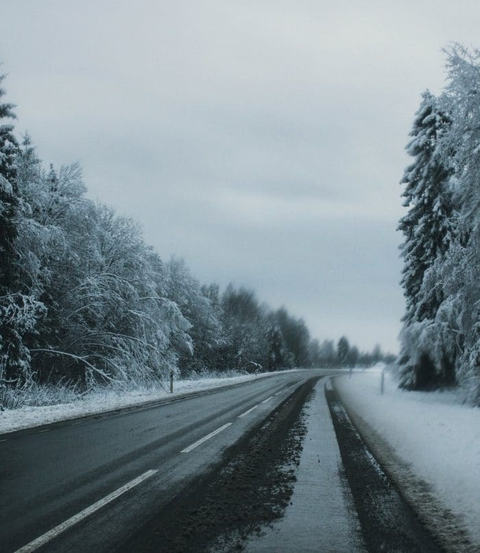 5 Winter Weather Driving Tips for Safer Travels