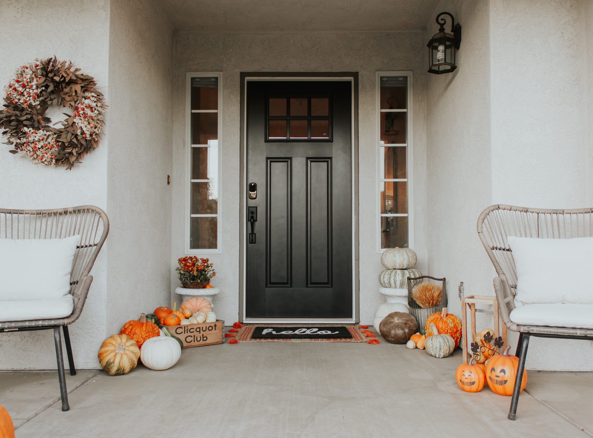 Halloween and Fall Front Porch Ideas