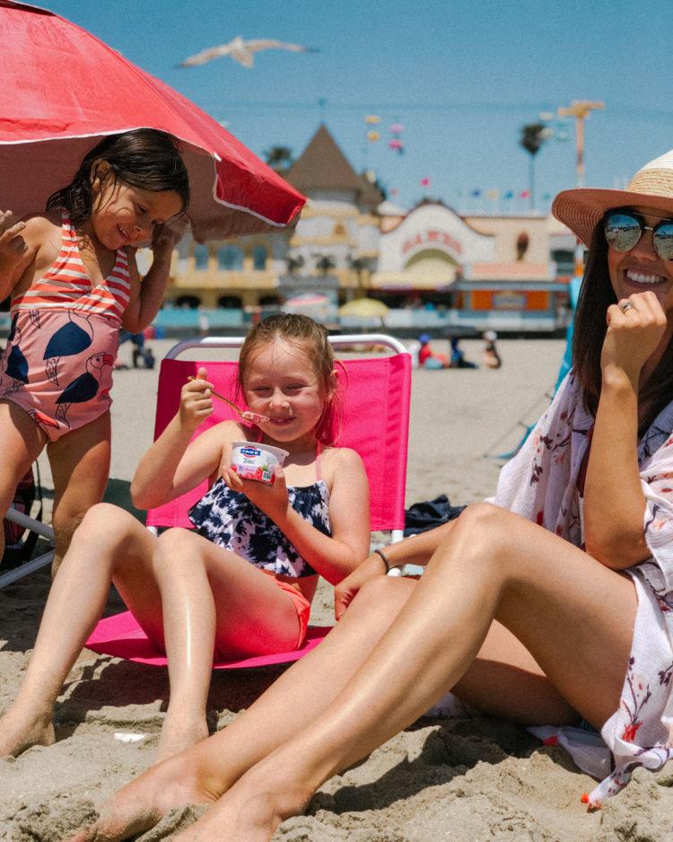 Santa Cruz Beach Boardwalk - Beach outfits